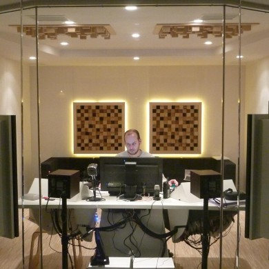 Jan 12, 2012 - TBWA Brussels Control Rooms A&B (cloned) finished.