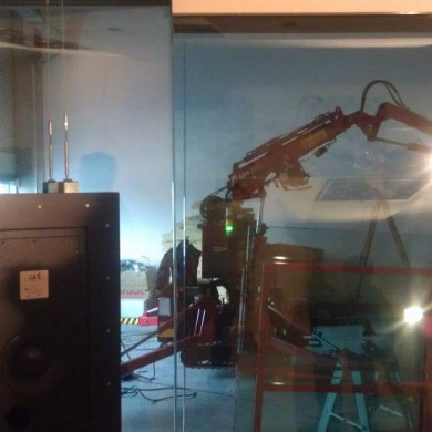 Feb 01, 2013 - Heavy glass = heavy crane. Fits just right in the Noisia theme. Wonder if it should not stay there - looks like a nice decorative installation for Noisia themed studios.