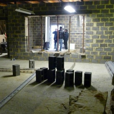 Feb 13, 2012 - Sunny Side Studios's floated Bunkers are now progressing fast, even if it's polar temperatures outside (down to -12C°). This is view from the LR to the CR.