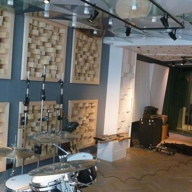 Jun 21, 2013 - Red Bull Studios Paris Live Room in the final stages.