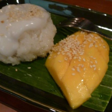 Jul 04, 2013 - Mango and Sticky rice! Food in Indonesia is really excellent. And Harmoko a great