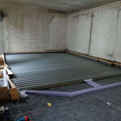 Aug 16, 2014 - Aaaannd yet another floating floor on a project in northern Germany this time. Clean job as well. Very nice client to deal with, pays a lot of attention to detail and things. Asks good questions. Which is a good thing because this build isn't an easy one!
