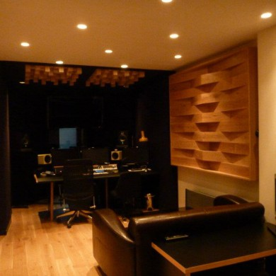 Mar 30, 2012 - Benzene Music in Paris is now finished.