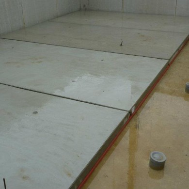 Sept 30, 2011 - Dirk Broun's private studio floating floor system is taking shape. On the right hand side you see the venting system (pipes sticking out). Very clean and precise job, good team on this site.