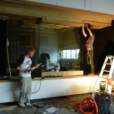 Nov 05, 2012 - Slowly starting the final install and finish @ Noisia Studios.